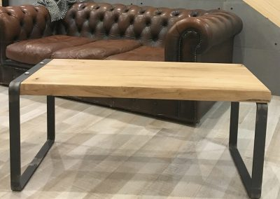 Table basse de CALM - 345€