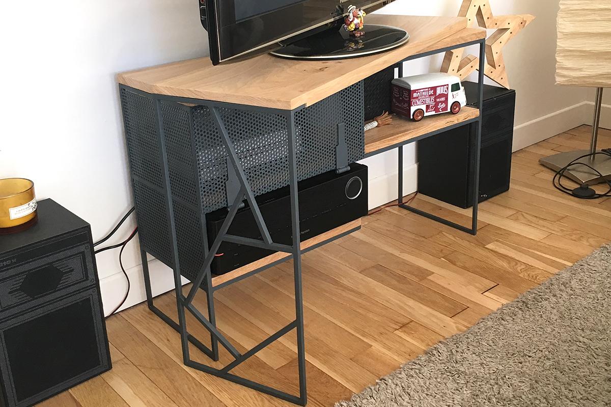 meuble tv sur mesure l 39 atelier urbain lyon. Black Bedroom Furniture Sets. Home Design Ideas